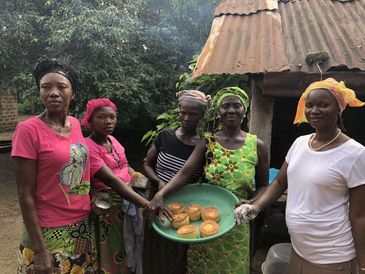 Women selling baked bread